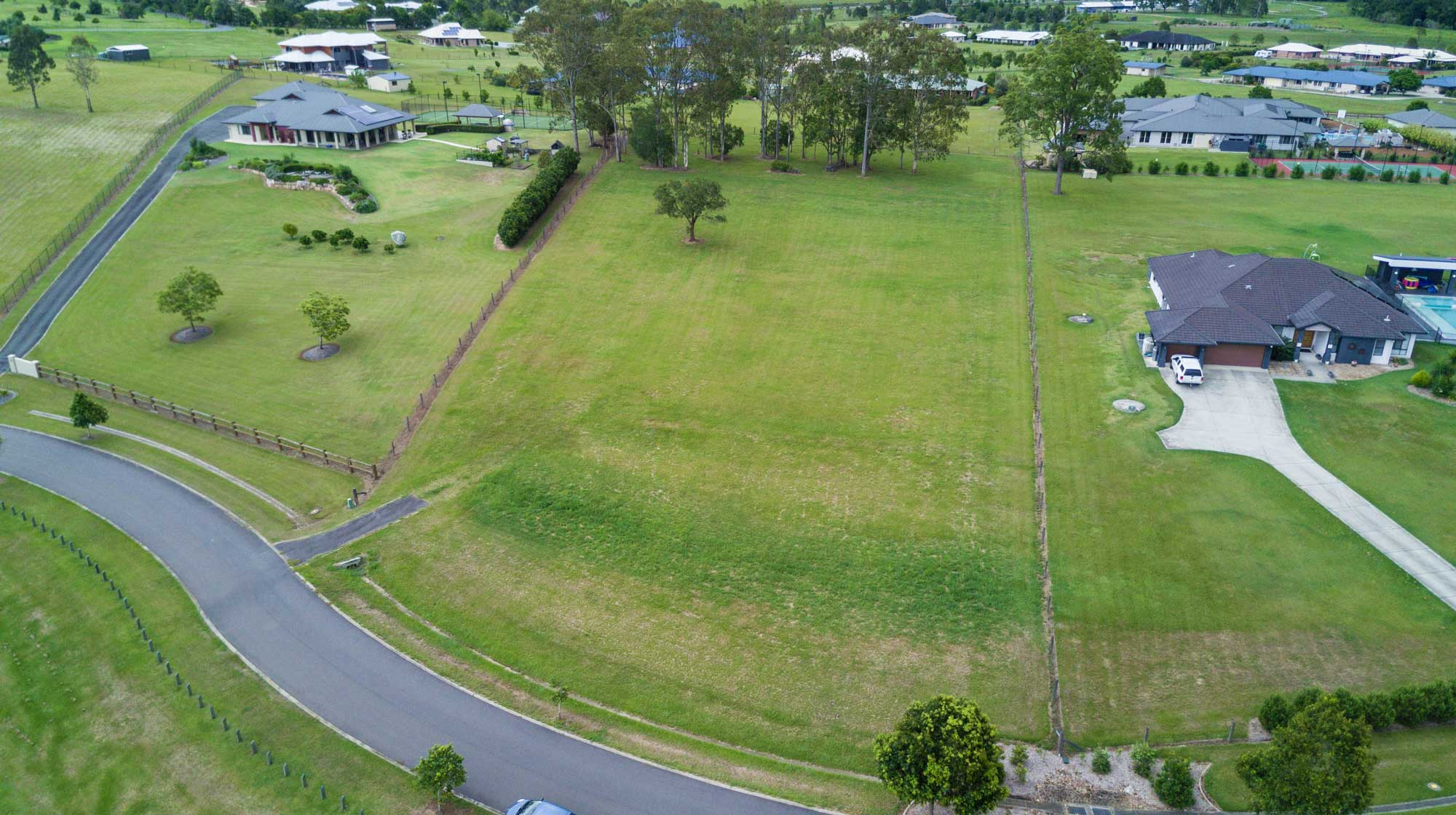 Aerial drone photography Brisbane real estate. DroneAce captures image of land for sale in Samford, Brisbane