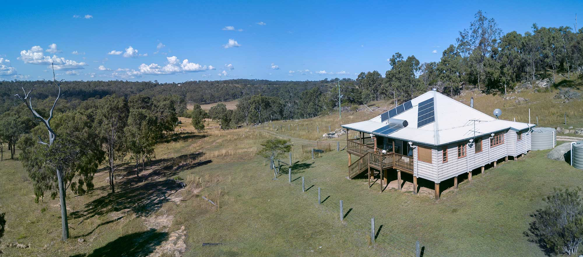 BunyipSprings Farmstay Drone Video - Drone panorama used to capture the location of the Lodge