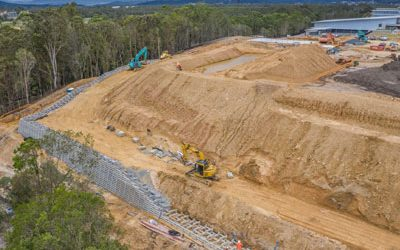 Coomera state school retaining wall construction video